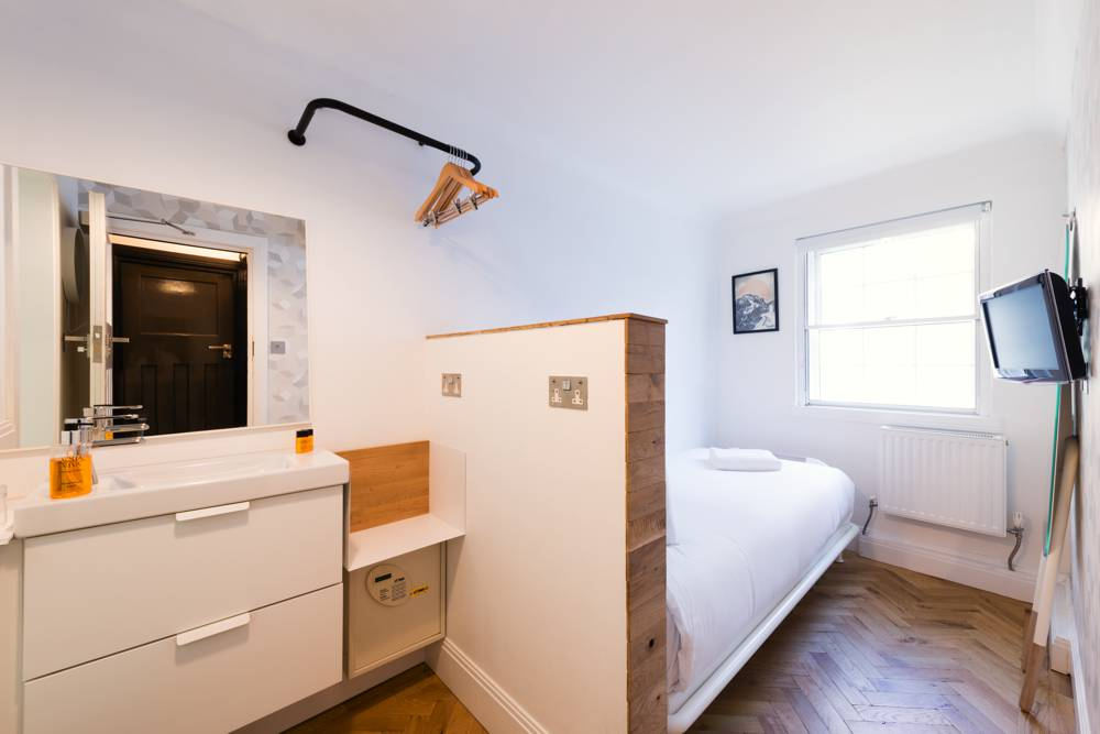 Hotel Accommodation California Kings Cross London Single room